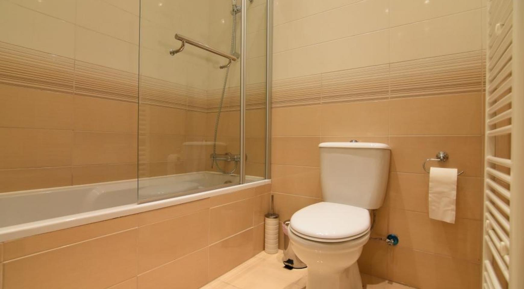 Contemporary 3 Bedroom House in Papas Area - 14