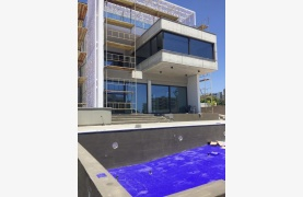 Exclusive Modern 5 Bedroom Villa with Fantastic Sea Views - 19