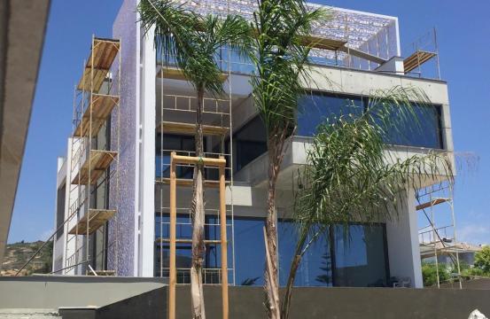 Exclusive Modern 5 Bedroom Villa with Fantastic Sea Views