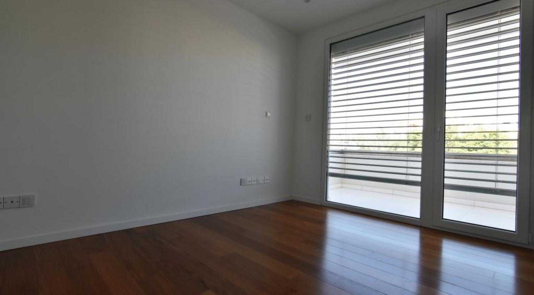 Luxury  2 Bedroom Apartment in the Centre of  the Tourist Area - 10