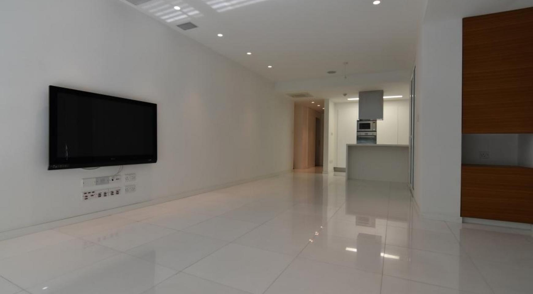 Luxury  2 Bedroom Apartment in the Centre of  the Tourist Area - 4