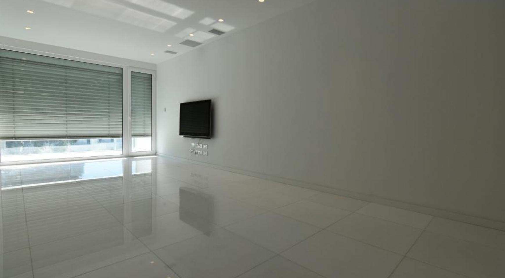 Luxury  2 Bedroom Apartment in the Centre of  the Tourist Area - 5