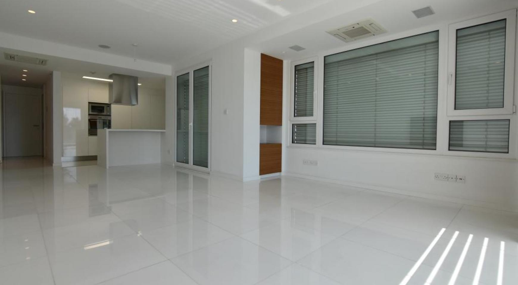 Luxury  2 Bedroom Apartment in the Centre of  the Tourist Area - 1