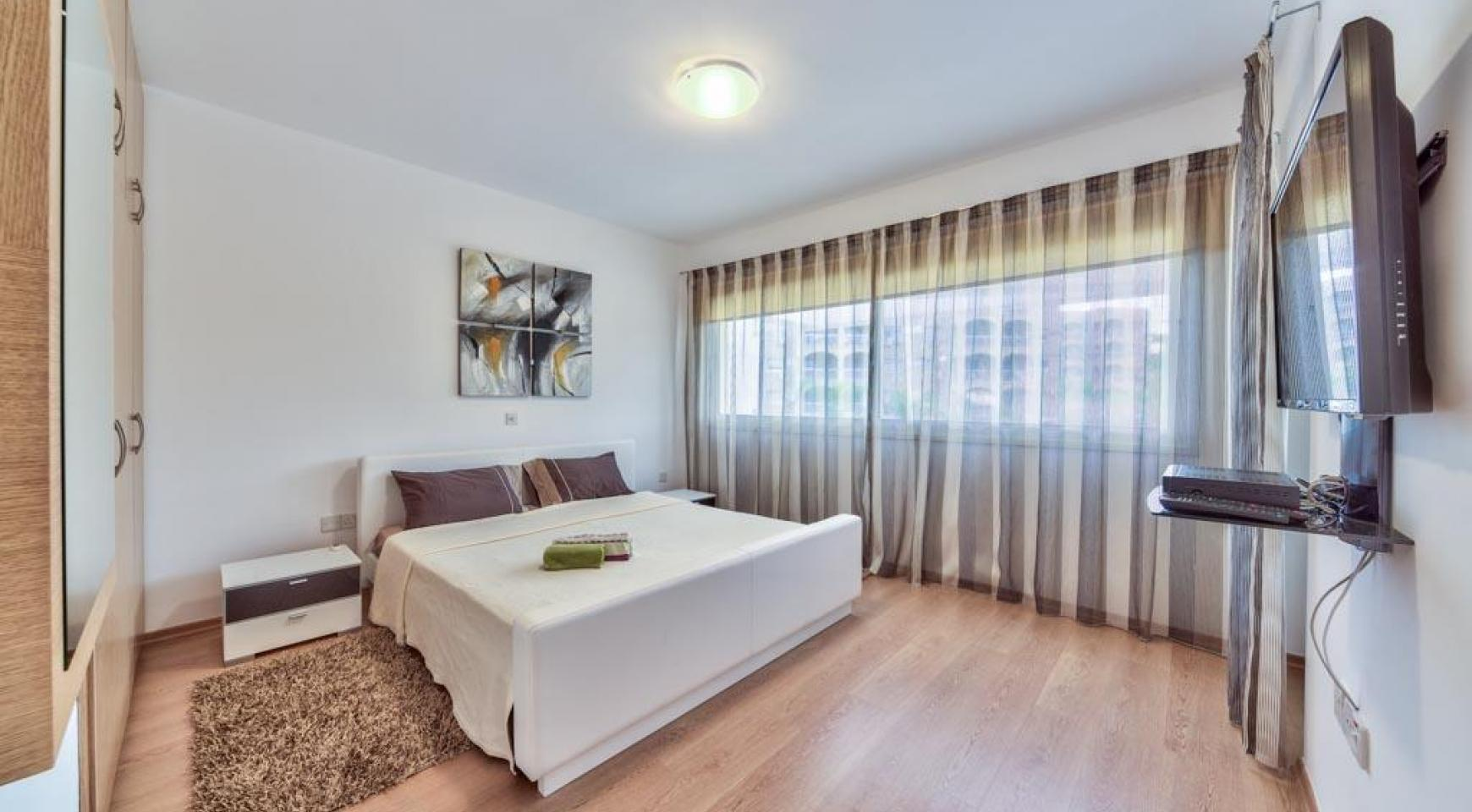 3 Bedroom Apartment in the Centre of the Tourist Area - 8
