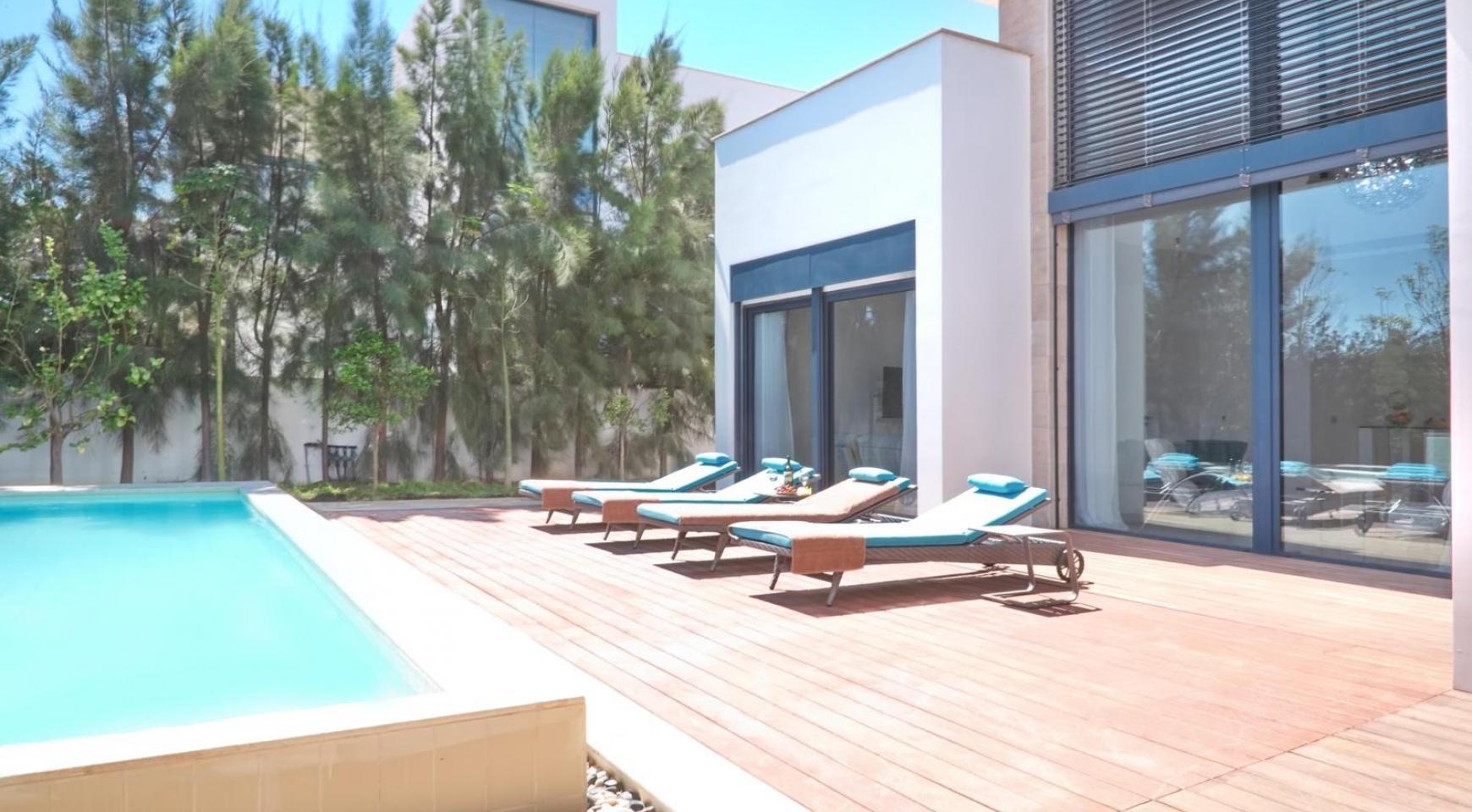 New Luxurious 4 Bedroom Villa in the Tourist Area - 4