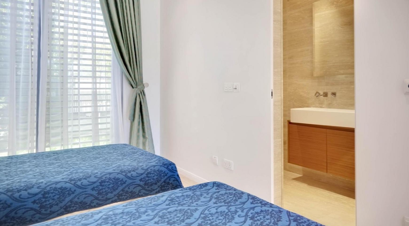 New Luxurious 4 Bedroom Villa in the Tourist Area - 35