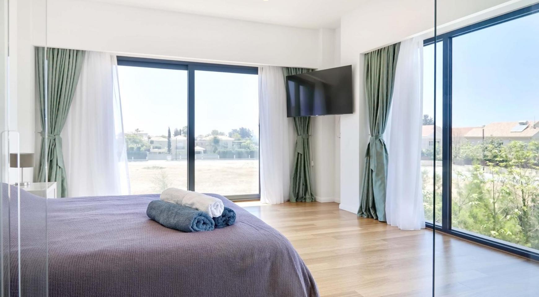 New Luxurious 4 Bedroom Villa in the Tourist Area - 33