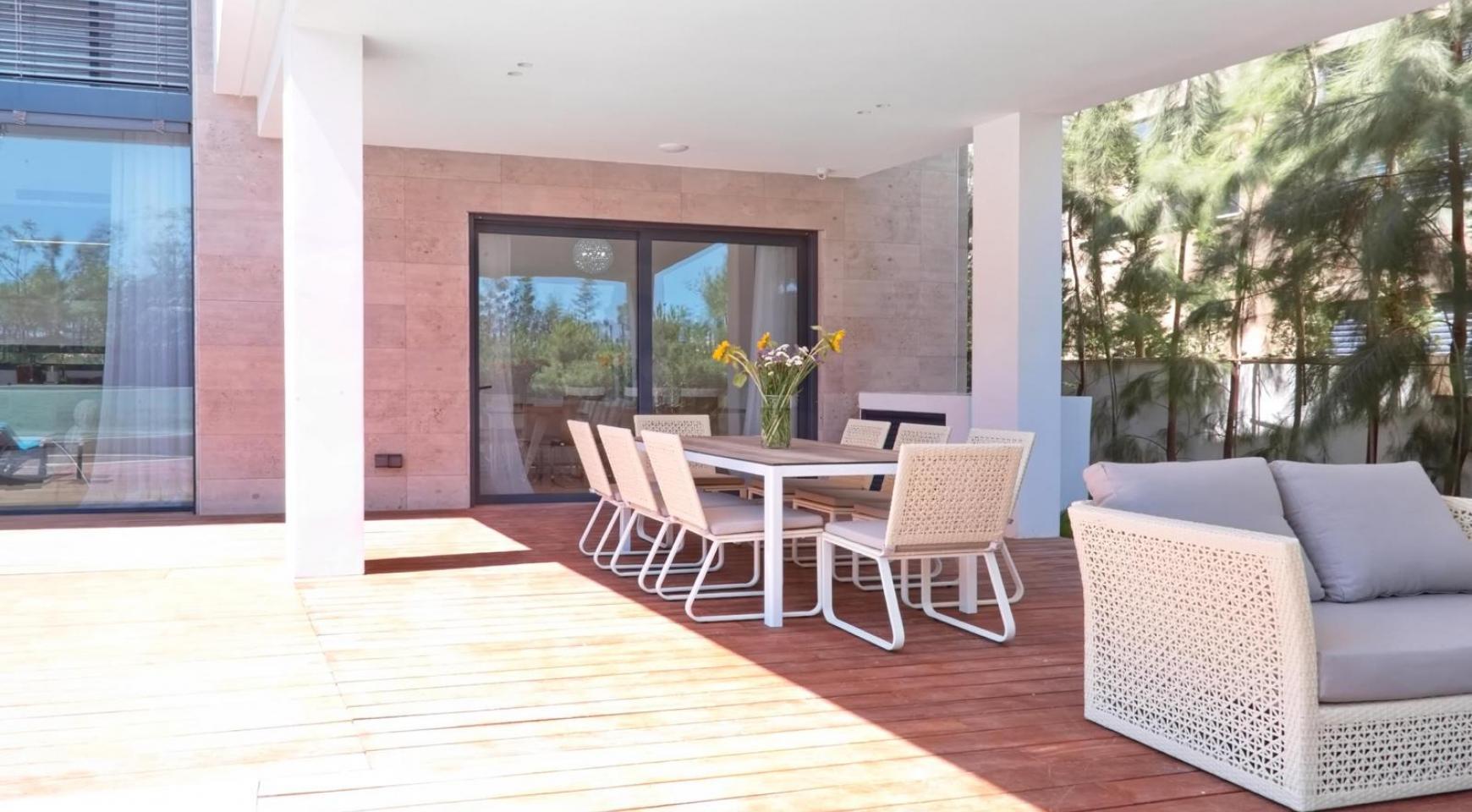 New Luxurious 4 Bedroom Villa in the Tourist Area - 14