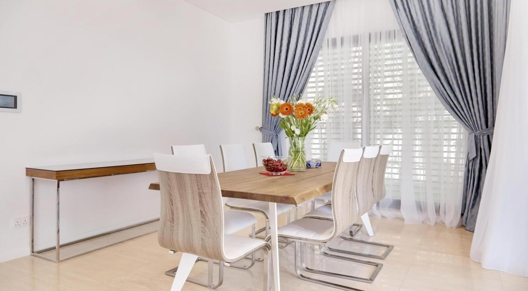 New Luxurious 4 Bedroom Villa in the Tourist Area - 23