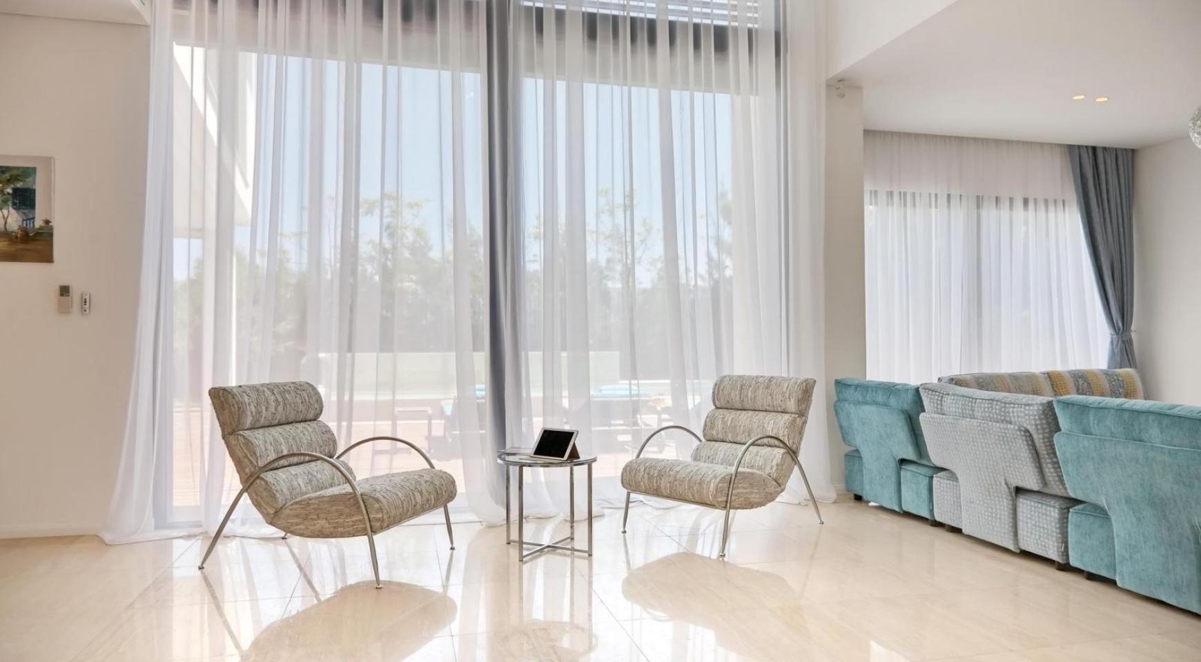 New Luxurious 4 Bedroom Villa in the Tourist Area - 26