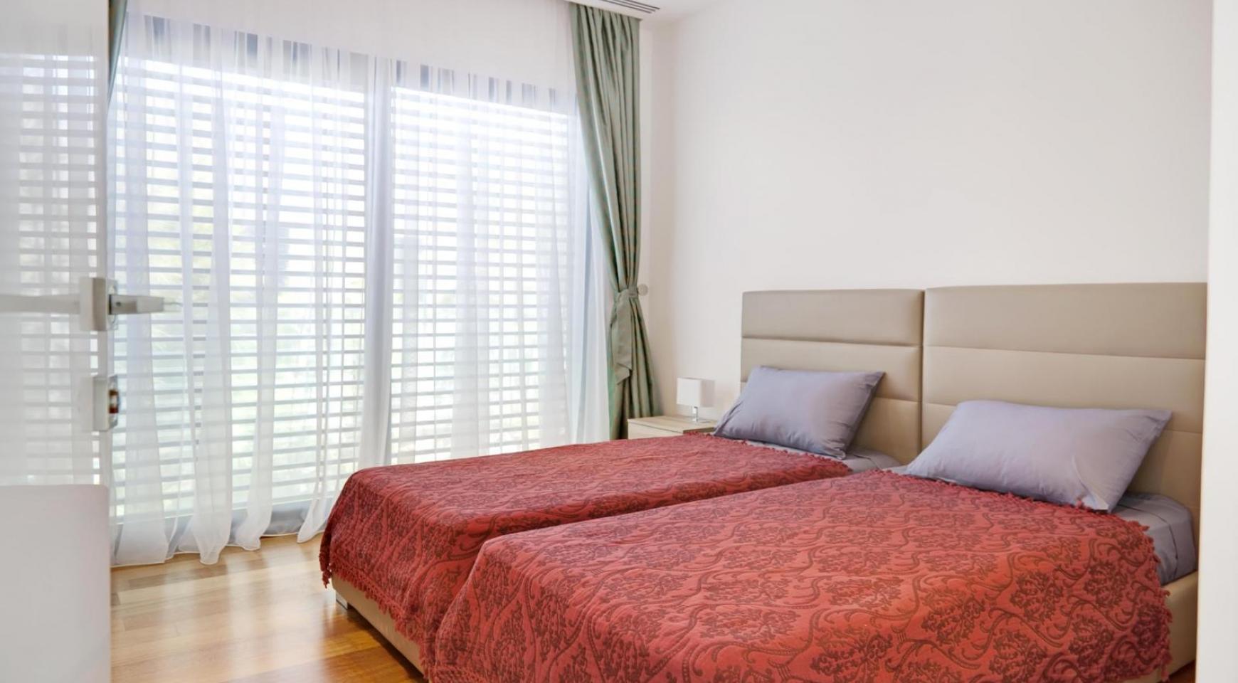 New Luxurious 4 Bedroom Villa in the Tourist Area - 39