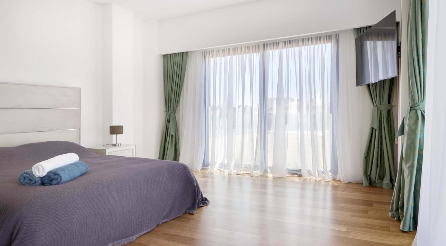 New Luxurious 4 Bedroom Villa in the Tourist Area - 28