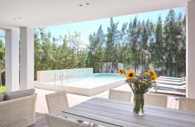 New Luxurious 4 Bedroom Villa in the Tourist Area - 56