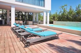New Luxurious 4 Bedroom Villa in the Tourist Area - 48