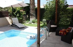 3 Bedroom House in Potamos Germasogeia Area - 16