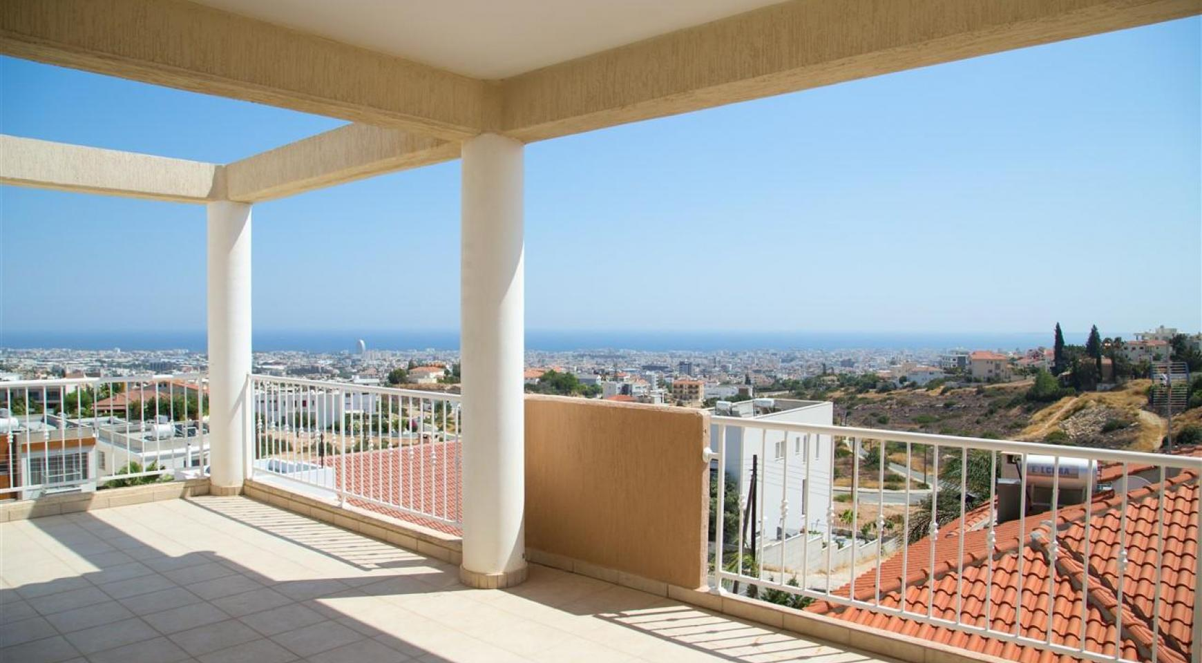 One Bedroom Apartment with Amazing Sea and Mountain Views - 2