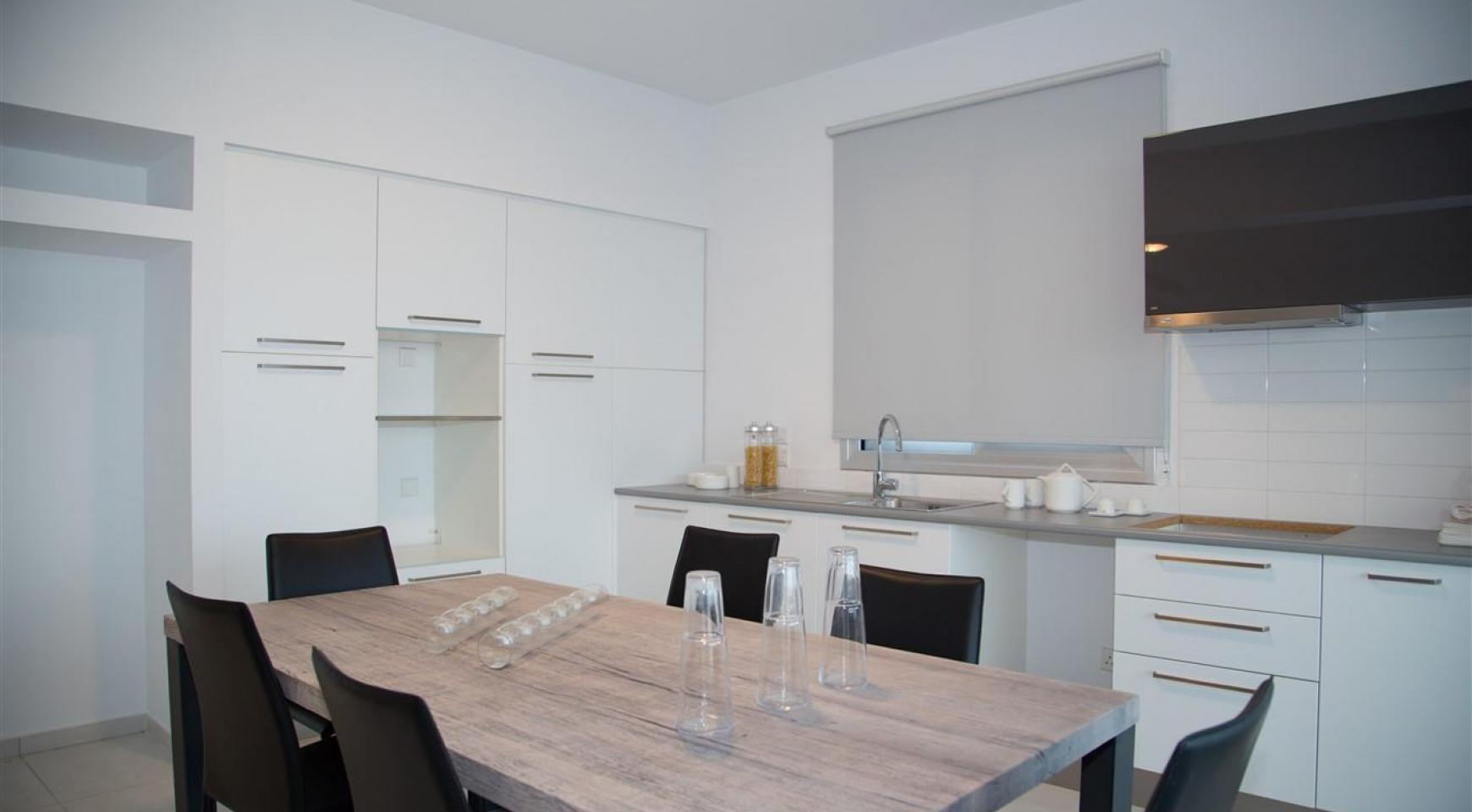 Spacious Luxury 3 Bedroom Apartment in a New Complex - 23