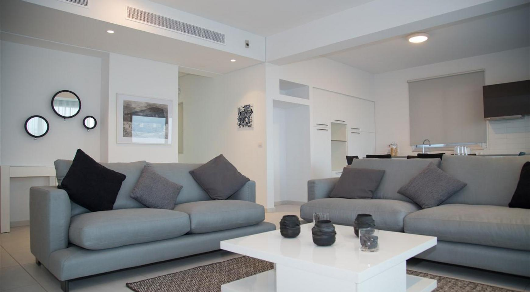 Spacious Luxury 3 Bedroom Apartment in a New Complex - 20