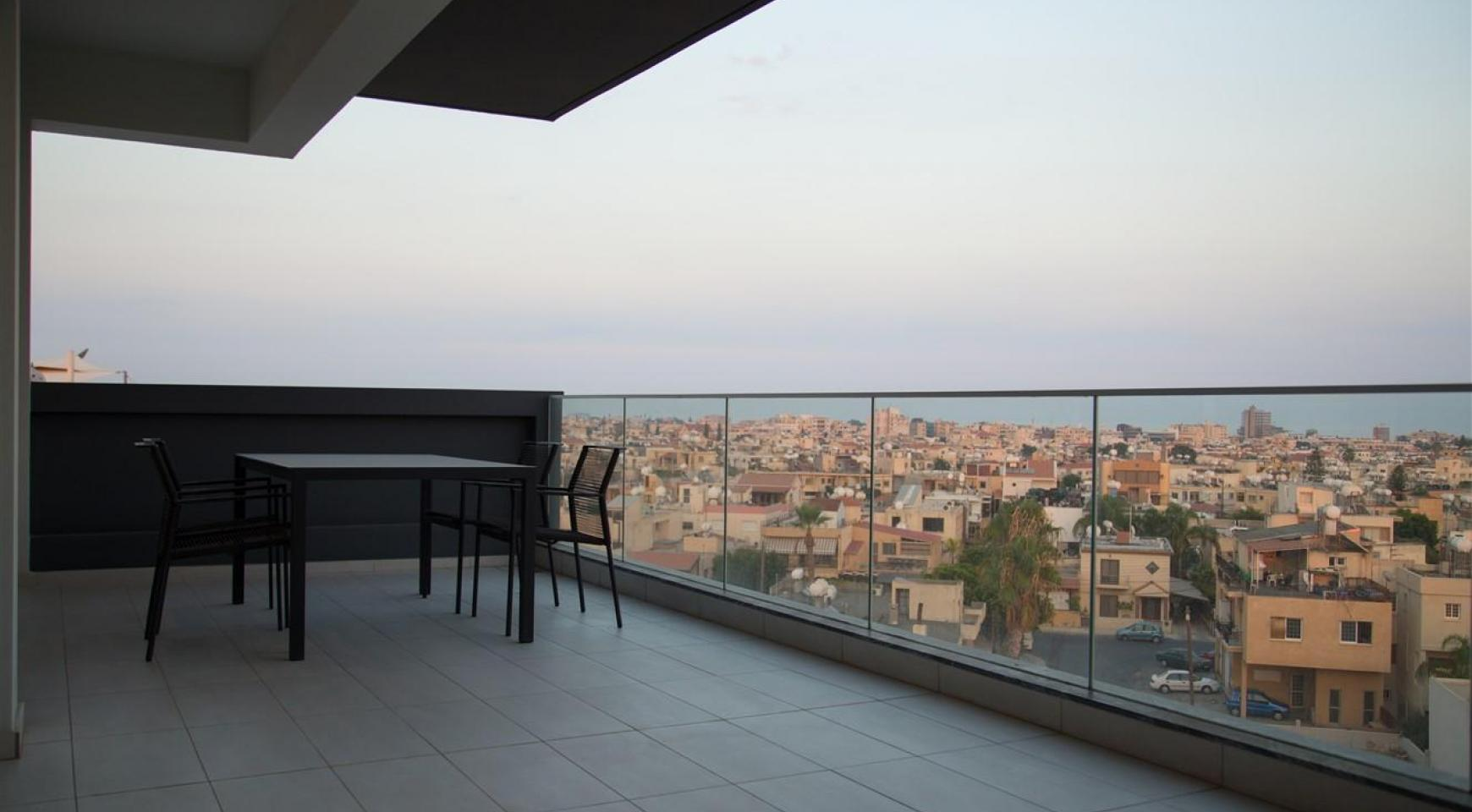 Spacious Luxury 3 Bedroom Apartment in a New Complex - 33