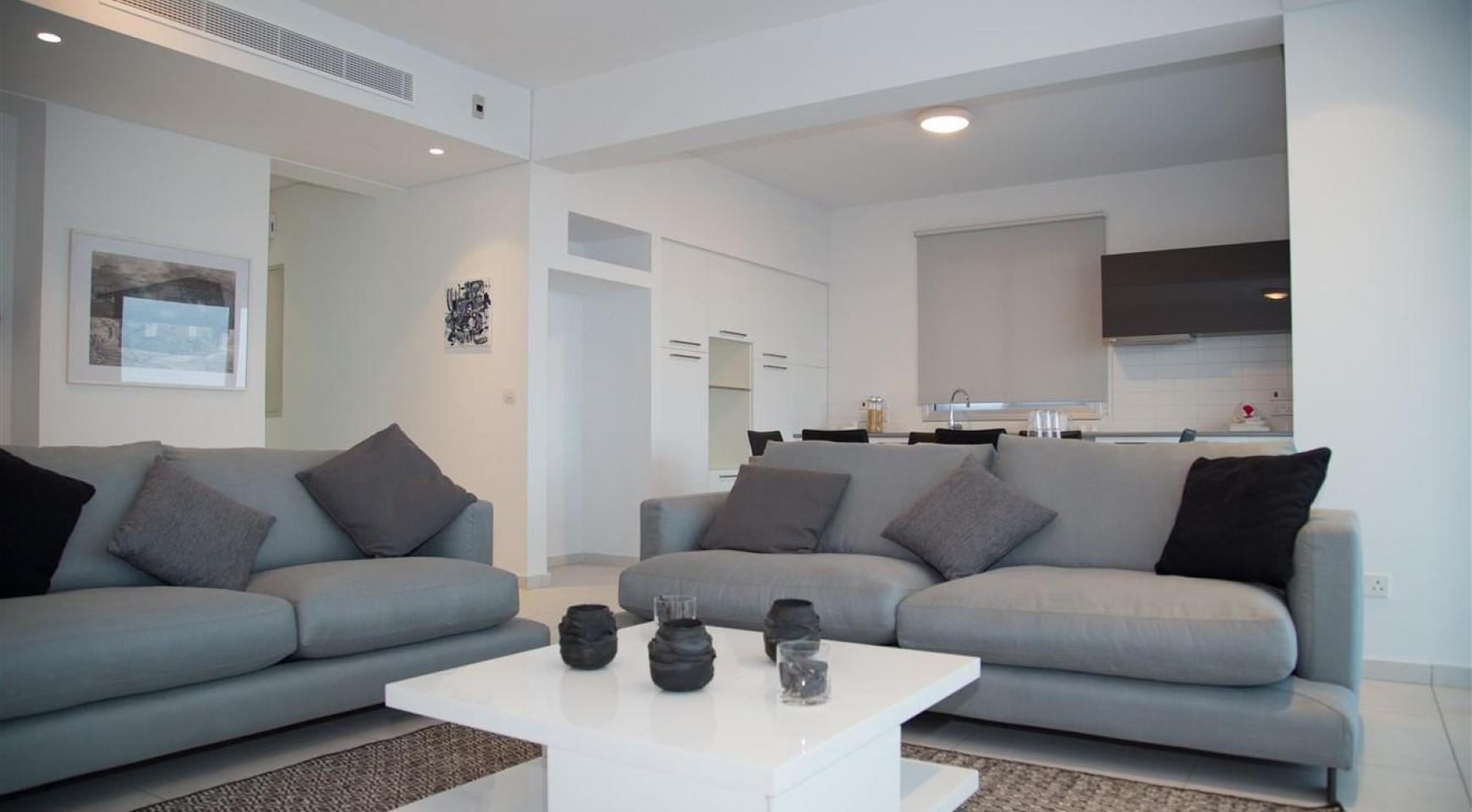 Spacious Luxury 3 Bedroom Apartment in a New Complex - 19