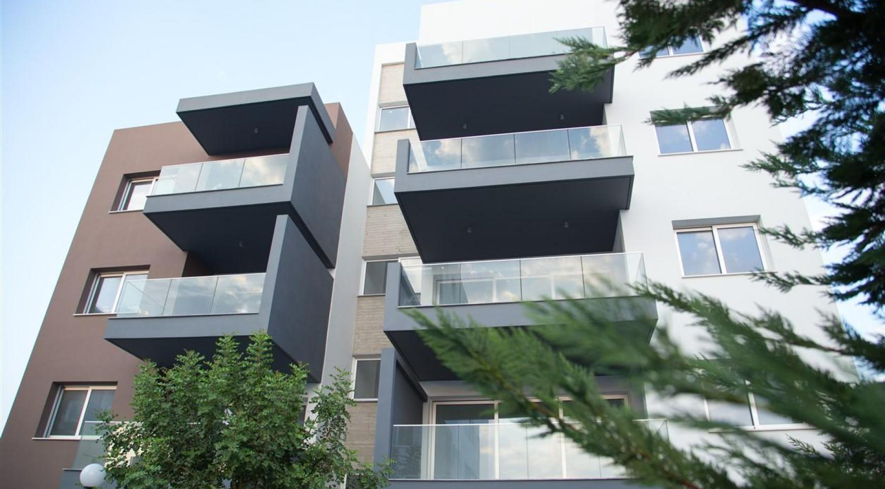 Spacious Luxury 3 Bedroom Apartment in a New Complex - 7