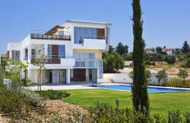 Exclusive 4 Bedroom Villa with Sea Views near Latsi - 29