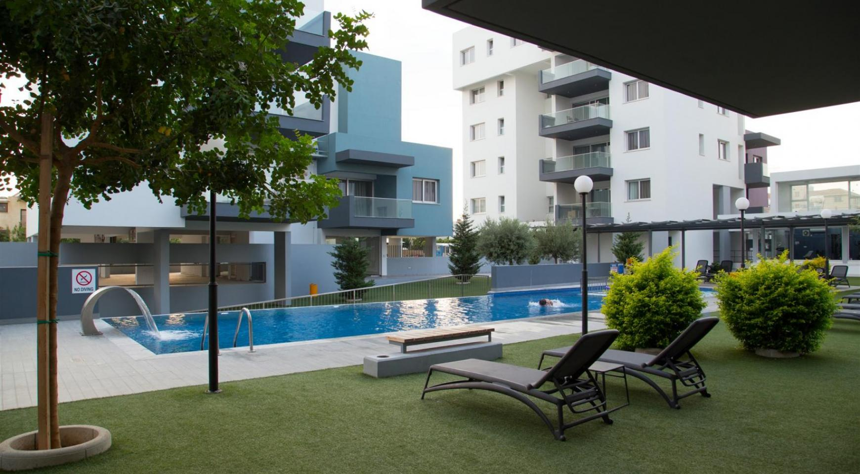 Luxury 2 Bedroom Top-Floor Apartment in a New Complex - 2