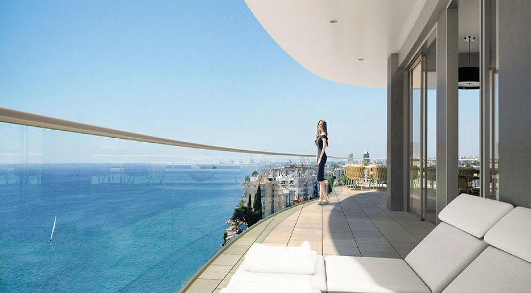 4 Bedroom Apartment in an Exclusive Seafront Project   - 2