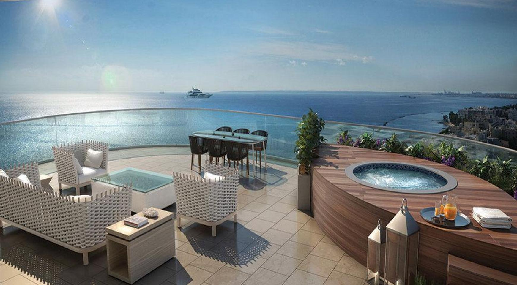 Luxurious 4 Bedroom Apartment in an Exclusive Seafront Project   - 6