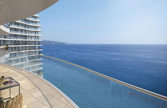 4 Bedroom Apartment in an Exclusive Seafront Project