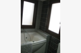 Spacious 4 Bedroom House in Nisou Area - 94