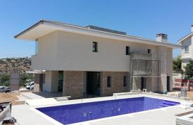 New Luxury 4 Bedroom Villa with Sea Views in Mesovounia - 9