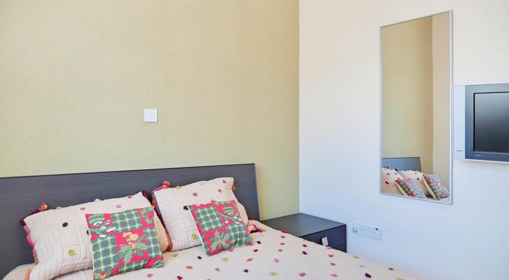 Beautiful 3 Bedroom Villa in a Prestigious Complex - 24
