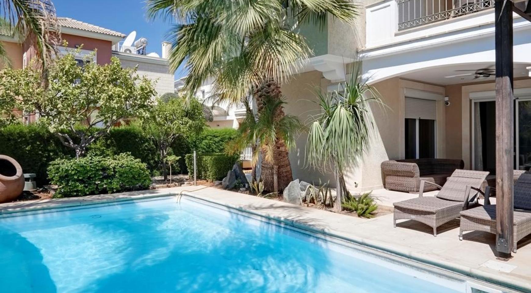 Beautiful 3 Bedroom Villa in a Prestigious Complex - 3