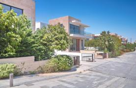 New Luxurious 3 Bedroom Villa  within a Gated Project near the Sea - 21