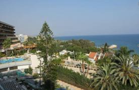 Luxury 2 Bedroom Apartment with Amazing Sea Views - 35