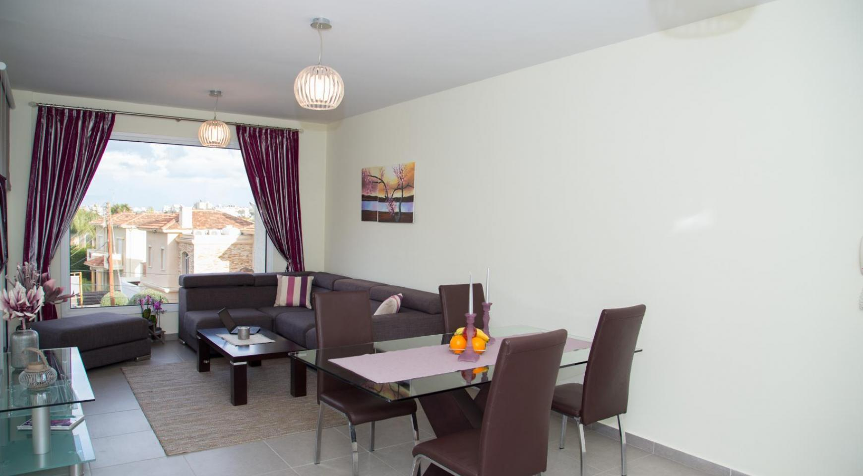 Luxury 2 Bedroom Apartment in the Tourist Area - 1