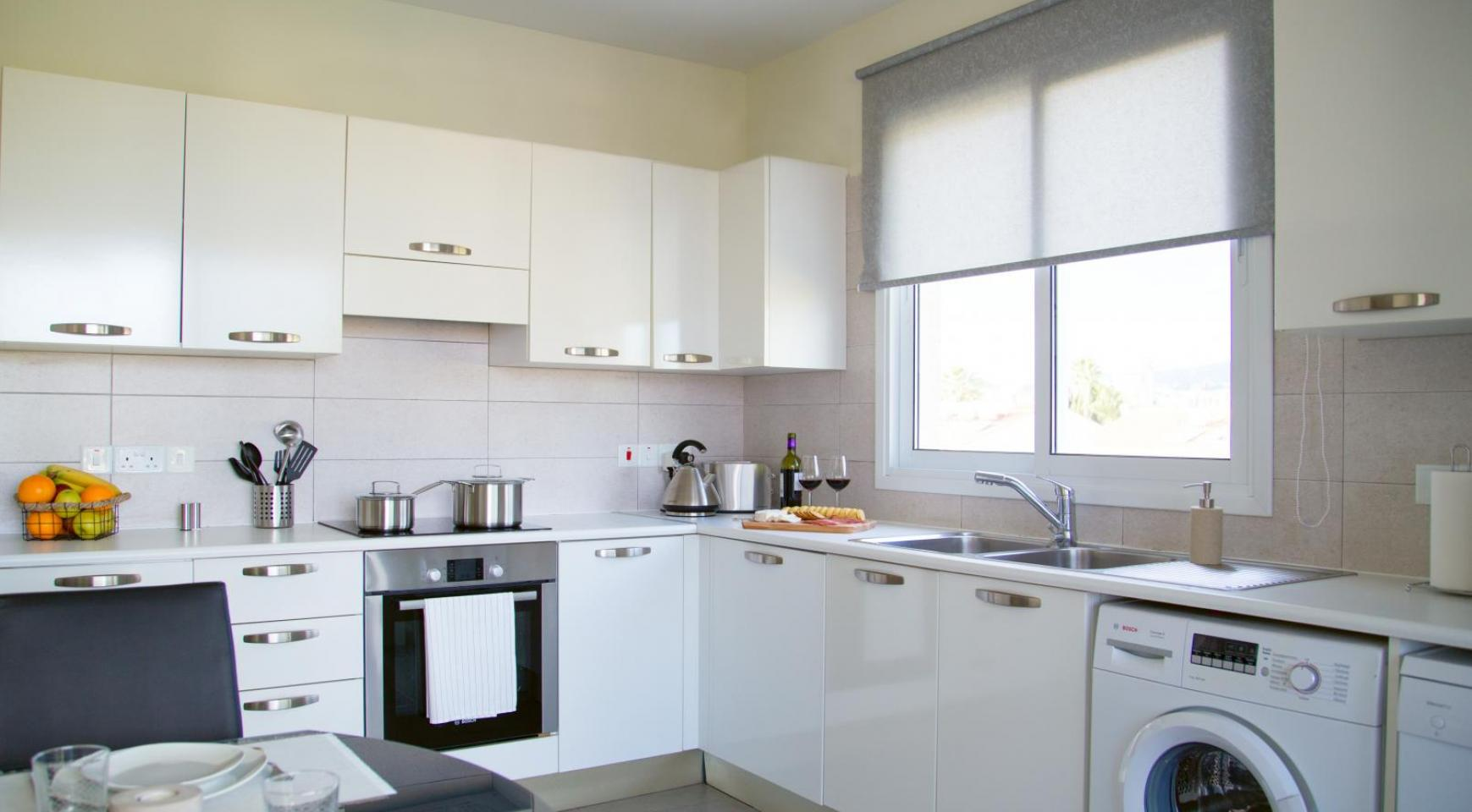 Luxury 2 Bedroom Apartment in the Tourist Area - 15