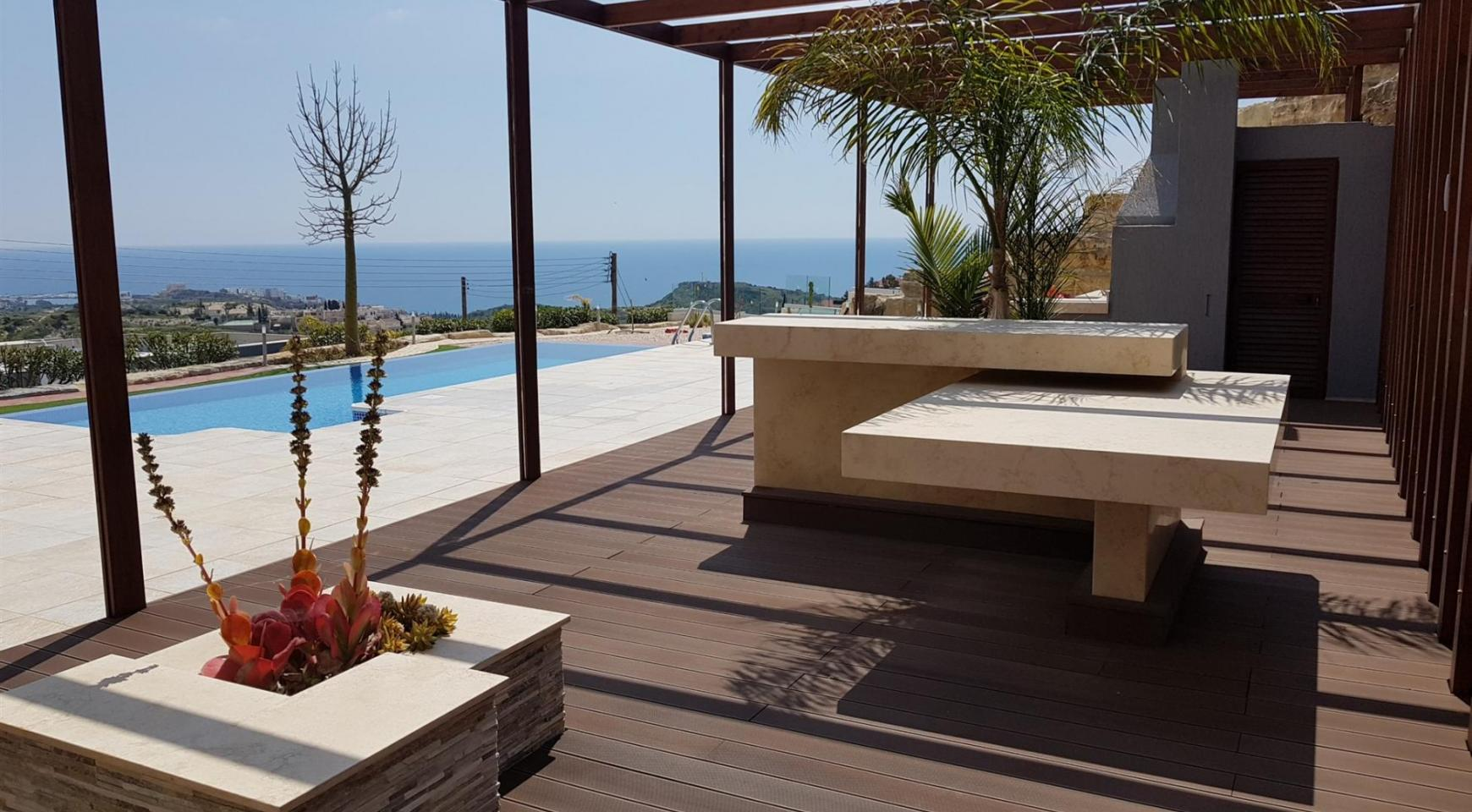 Luxurious 6 Bedroom Villa with Breathtaking Sea Views - 9