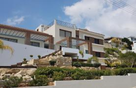 Luxurious 6 Bedroom Villa with Breathtaking Sea Views - 43