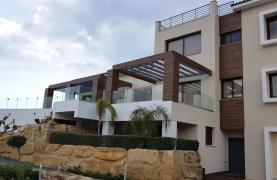 Luxurious 6 Bedroom Villa with Breathtaking Sea Views - 47