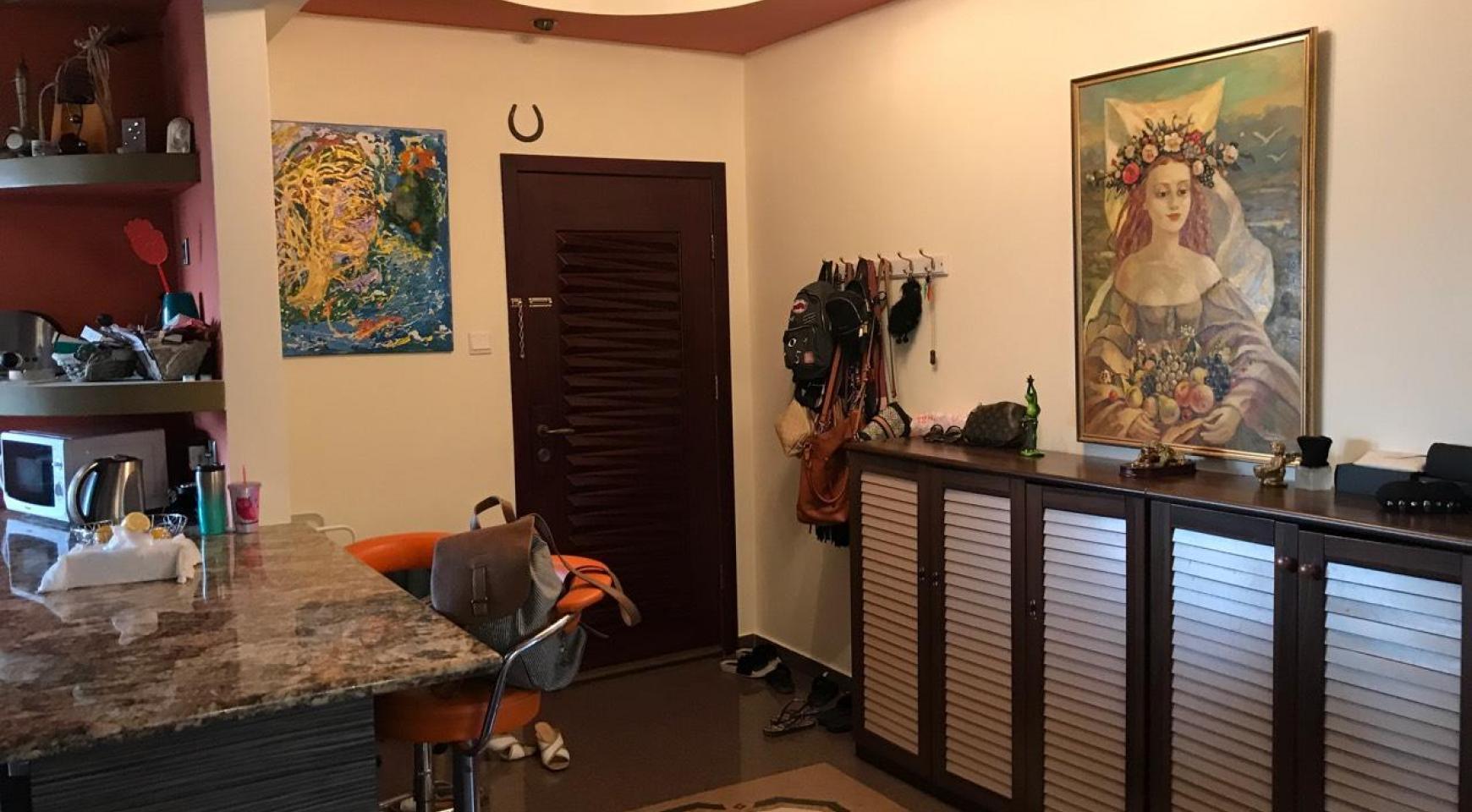 3 Bedroom Apartment in Molos Area near Limassol Marina - 4