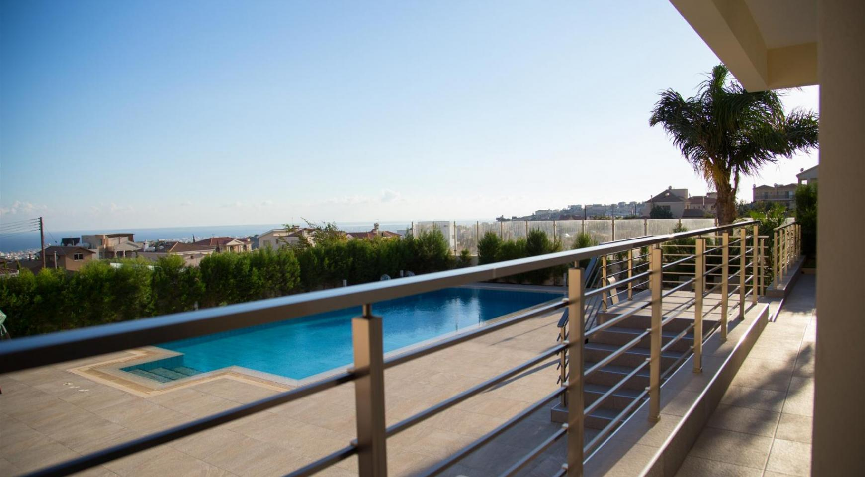 Luxurious Modern Villa with Breathtaking Sea Views in Sfalaggiotissa Area - 5