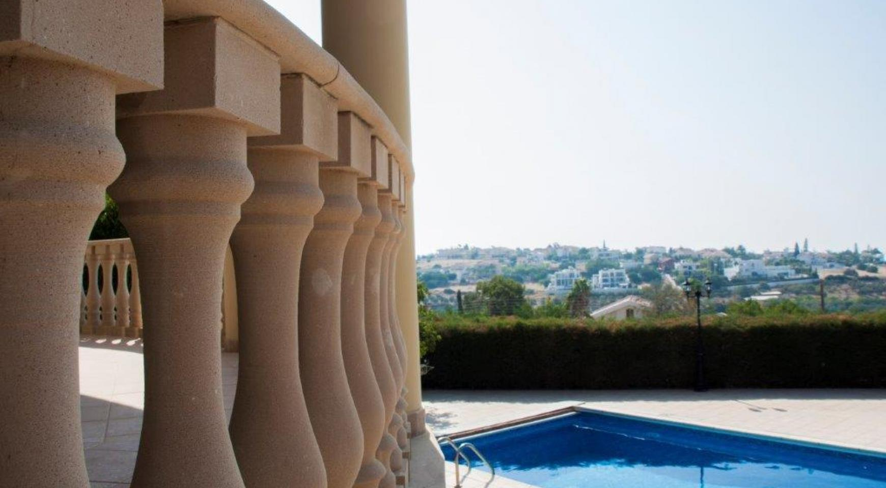 Classic Style 4 Bedroom Villa with Sea Views in Mesovounia Area - 3