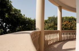 Classic Style 4 Bedroom Villa with Sea Views in Mesovounia Area - 38