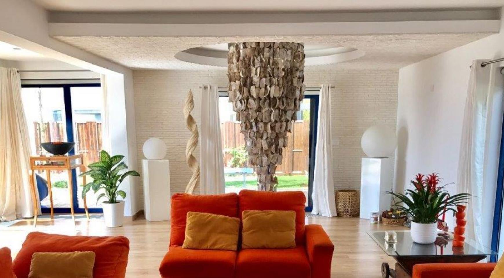 5 Bedroom Villa with Sea Views in Agios Tychonas Area - 15