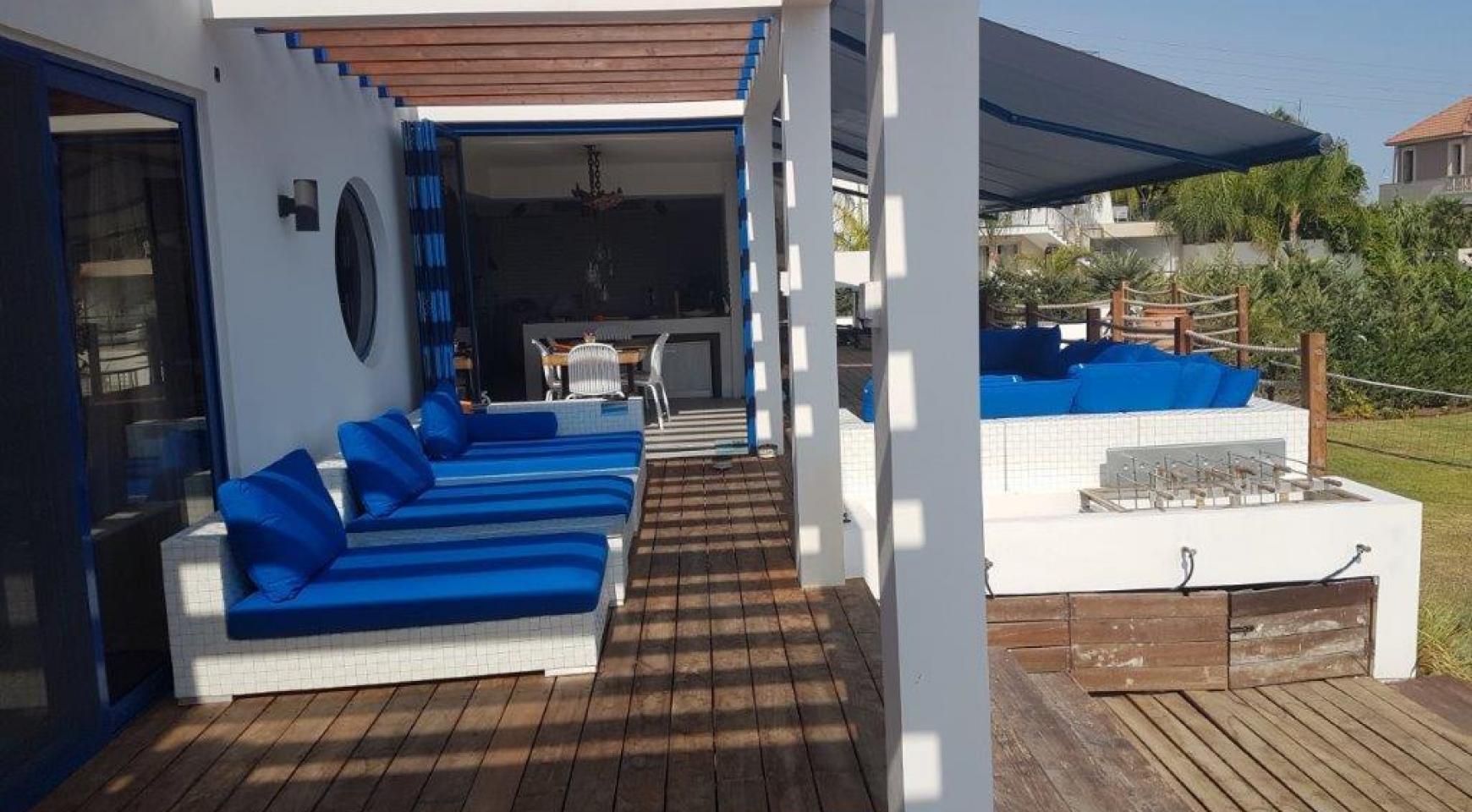5 Bedroom Villa with Sea Views in Agios Tychonas Area - 4