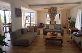 5 Bedroom Villa with Sea Views in Agios Tychonas Area - 34