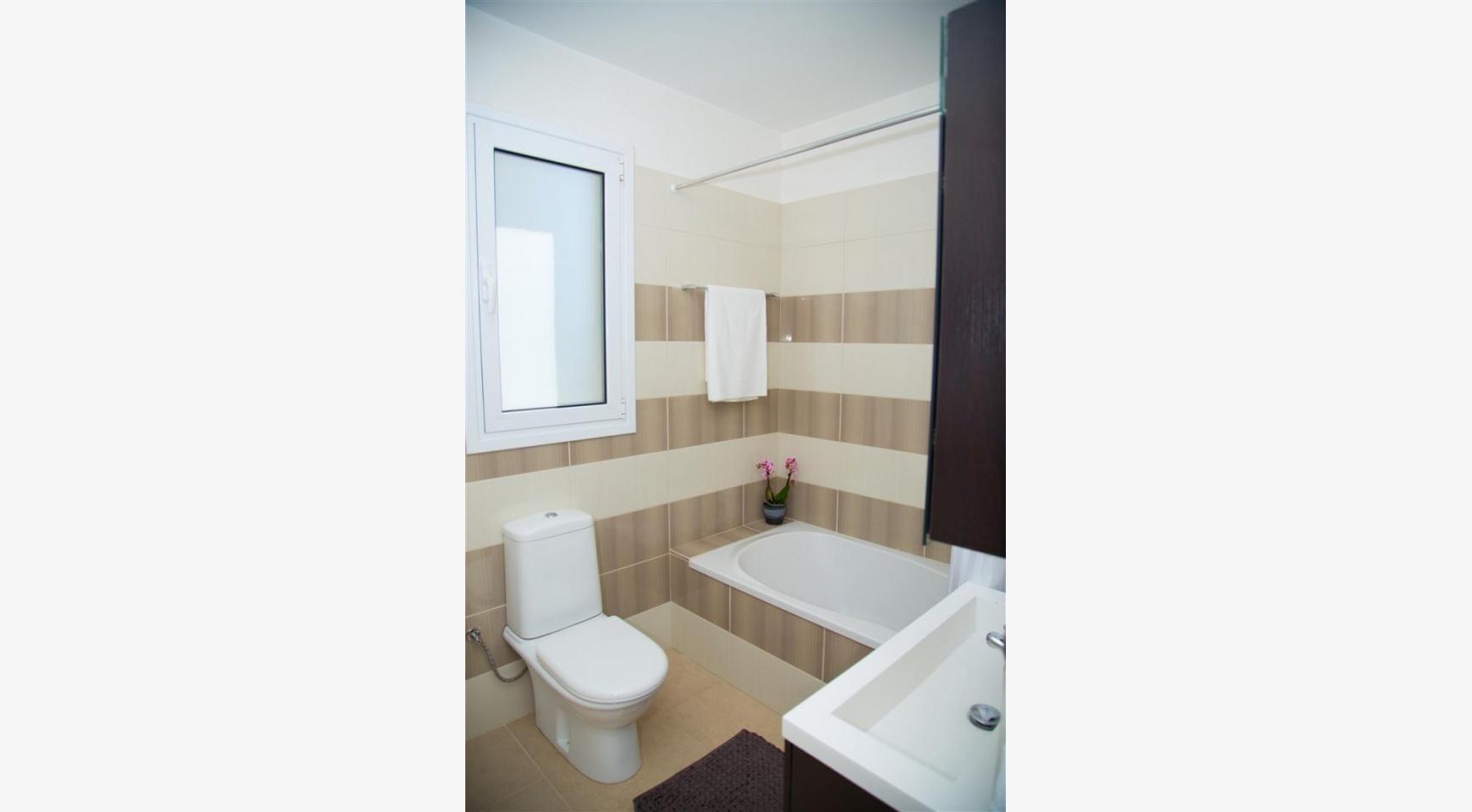 Modern 2 Bedroom Apartment in Potamos Germasogeia - 15