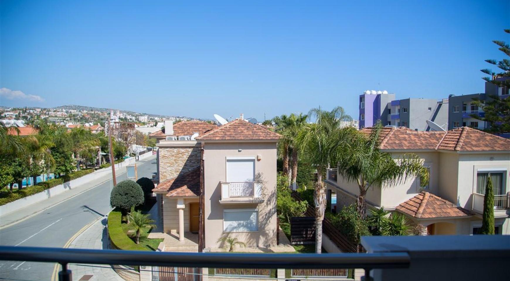 Modern 2 Bedroom Apartment in Potamos Germasogeia - 20